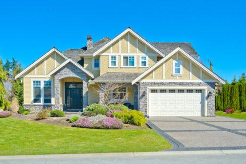 property 02 exterior 488x326 - Home