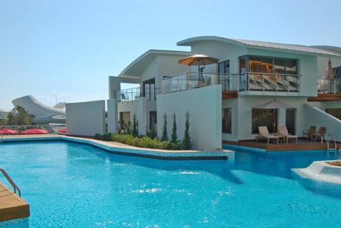 property 05 exterior 488x326 - Home